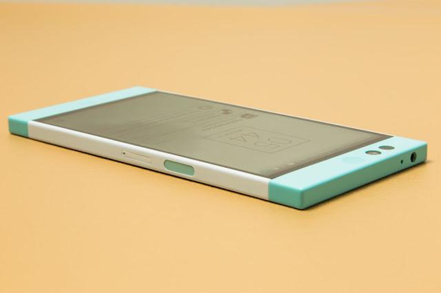 Nextbit Robin smartphone runs Google Android 6.0 Marshmallow