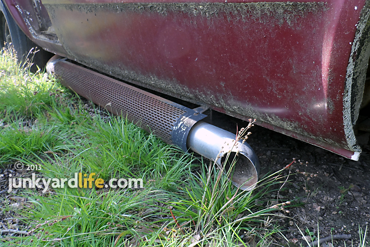 Side pipes were popular during the 1970s van explosion.