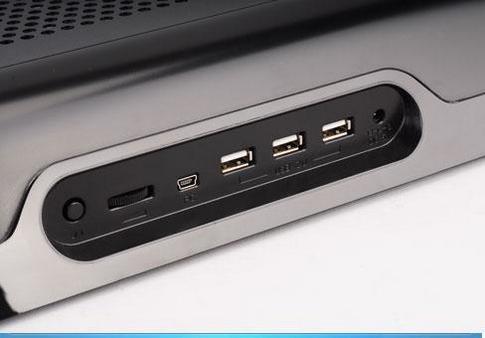 Port USB pada Laptop