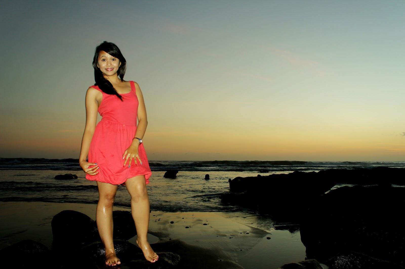 Cewek Bali Model Seksi semok dan gendut