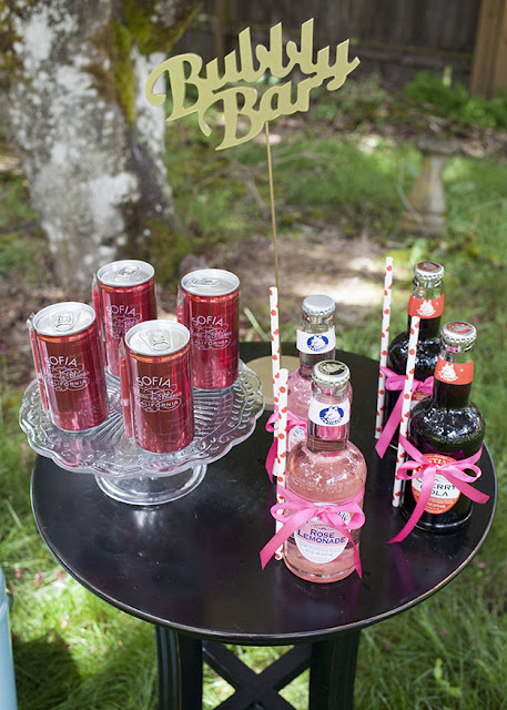 Summer weddings call for refreshments. See more inspiration at FizzyParty.com