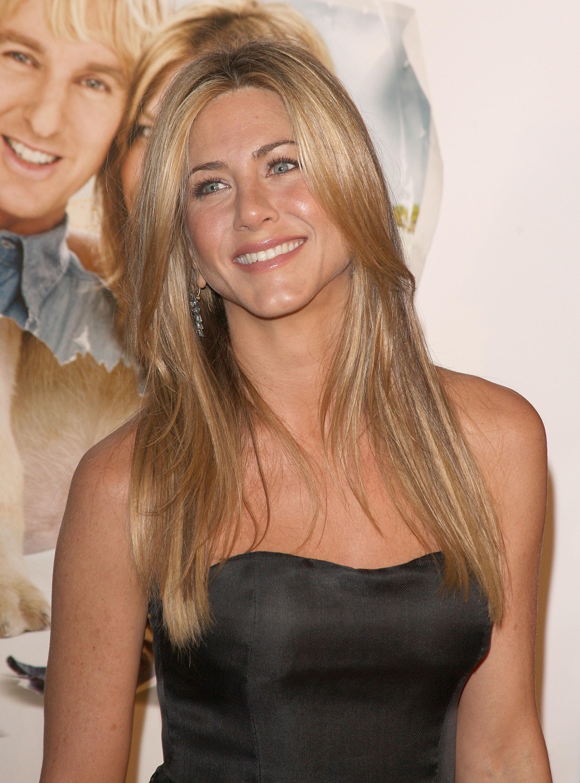 Jennifer Aniston pictu...