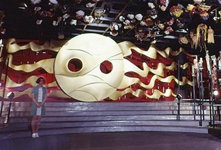 岡本太郎の名作「太陽の塔」のモデルはカラス?天照?隠された秘密とは? 【a】 幻の第四の顔  地底の太陽