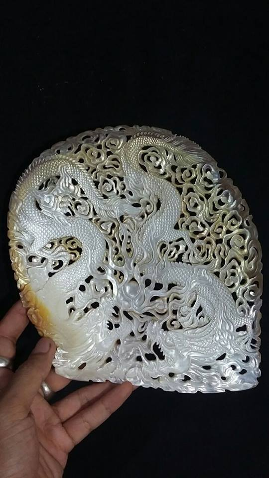 dragon seashell carving2