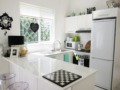 Creative Ideas Make A Small Kitchen Like  A Cafe-Style Kitchen