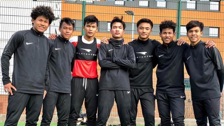 Link Live Streaming Garuda Select vs Bolton Wanderers U-18 Super Soccer TV