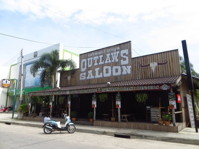 outlaws saloon Phangan