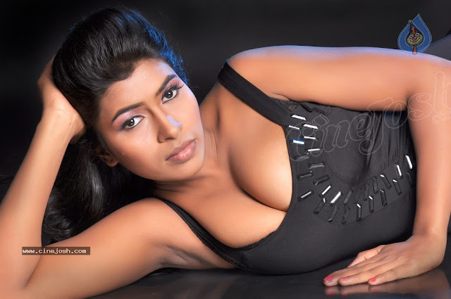 Navaneetha latest photoshoot Hot