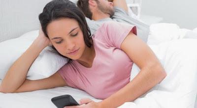 7 Gaya Wanita saat Berselingkuh yang Wajib Anda Ketahui