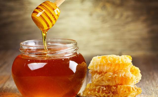 كيف تعرف أن العسل طبيعي دون إضافة سكر؟