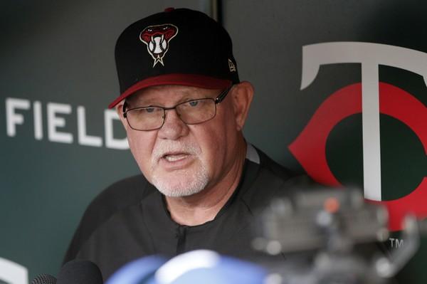 Boston Red Sox mewawancarai Ron Gardenhire, mantan manajer Minnesota Twins, untuk pembukaan manajerial