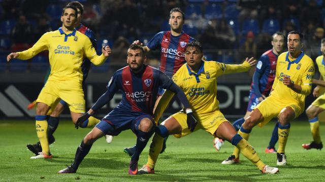 Asdrúbal muy batallador marcó un gol que él se fabricó
