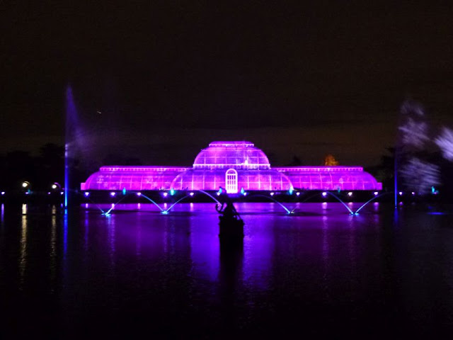 http://www.kew.org/visit-kew-gardens/whats-on/christmas-at-kew-2015