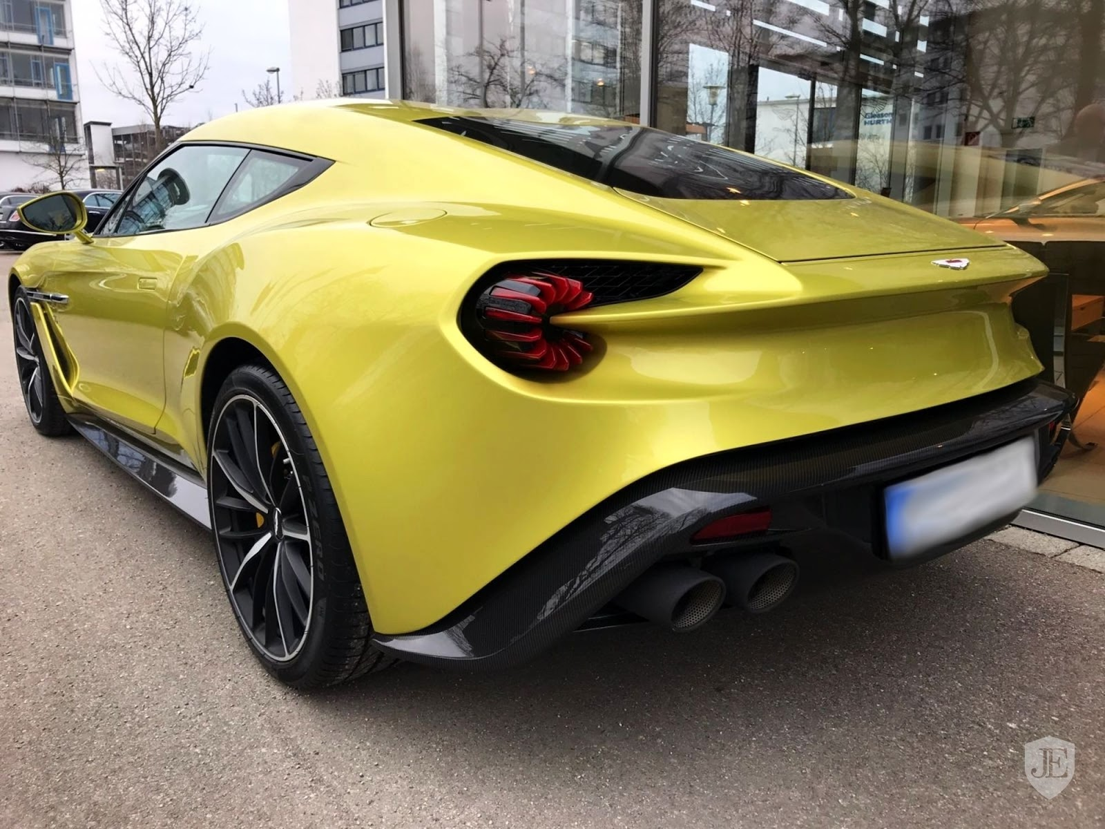 yellow aston martin vanquish zagato is an 880k piece of art carscoops. Black Bedroom Furniture Sets. Home Design Ideas
