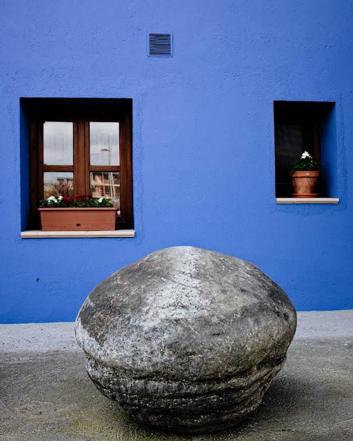 Fachada azul de Castillón