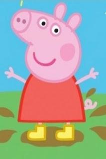 peppa pig saltando en el barro