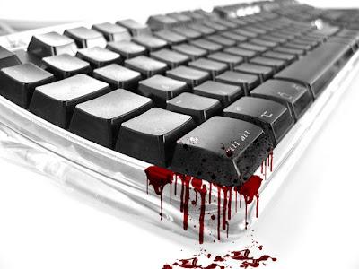 Teclado blanco con teclas negras y manchado de sangre