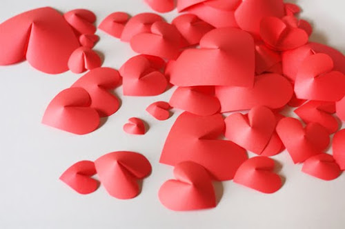 Lovely Diy Craft Ideas For Home Decor Make a Wall of Paper Hearts