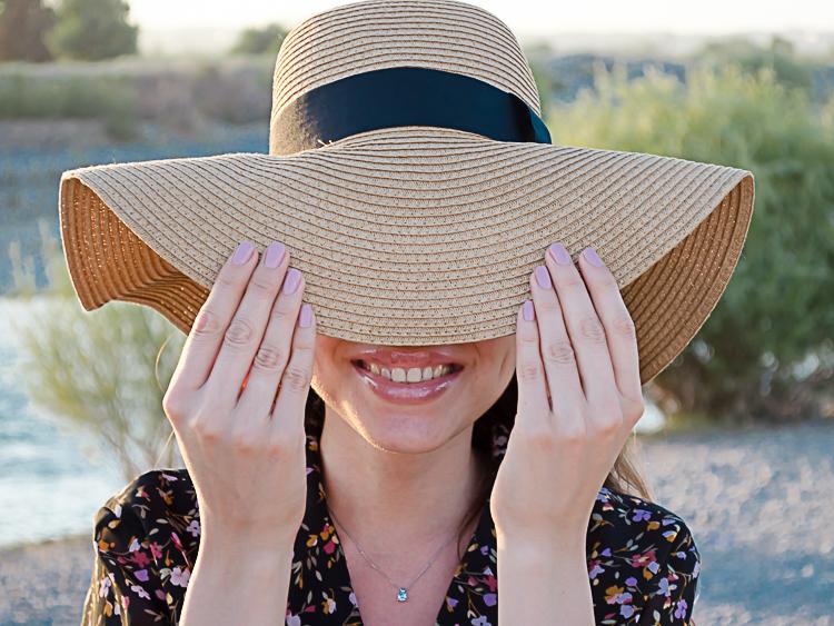 fashion-blogger-vintage-dress-hat-forever21-look