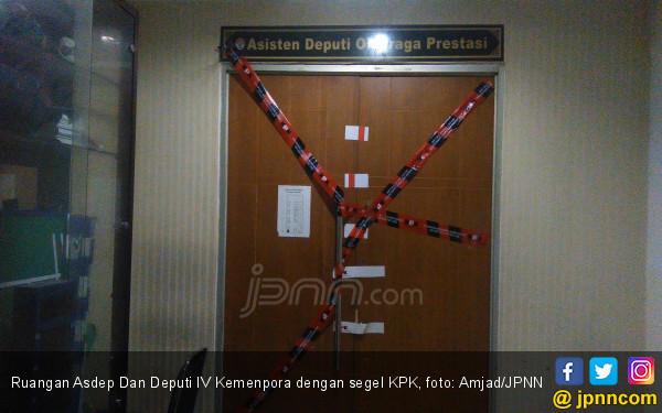 KPK Segel Ruangan Deputi dan Asdep IV Kemenpora
