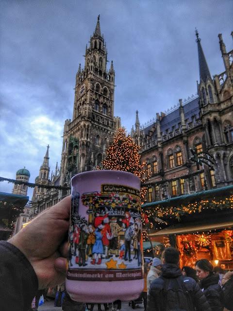 Gluhwein Navidad Marienplatz Munich