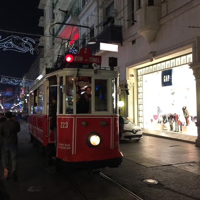 Straßenbahn Tram Istanbul Galata