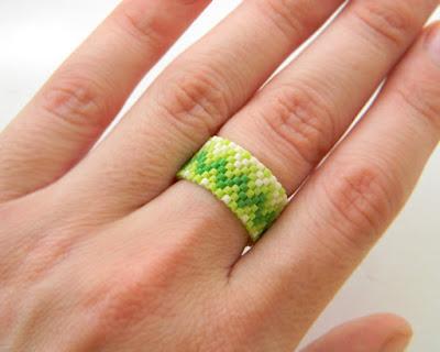 купить оригинальные женские кольца с узором широкое салатовое кольцо на лето