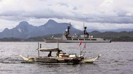 Philippine Navy ship in Oyster Bay