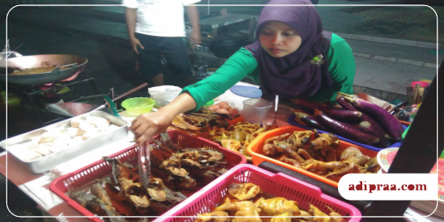Aneka lauk goreng/bakar di Pecel Lele Cak Amin Ilham | adipraa.com