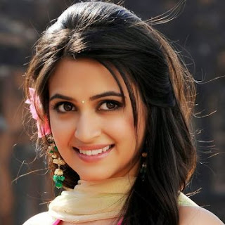 Kriti Kharbanda Family Husband Parents children's Marriage Photos