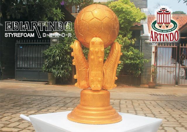 Replika Piala Torabika Bhayangkara CUP 2016