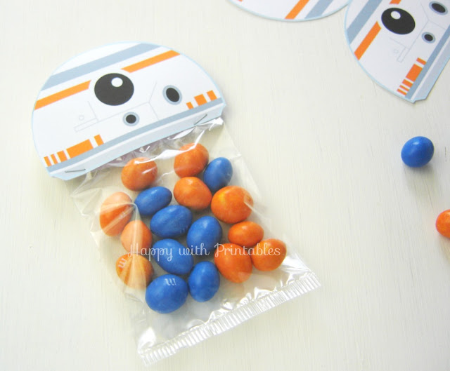 bb8 printables, star wars printables, bb-8 printable, bb-8 party, bb8 treat bag, star wars treat bag lable, the force awakens party, bb8