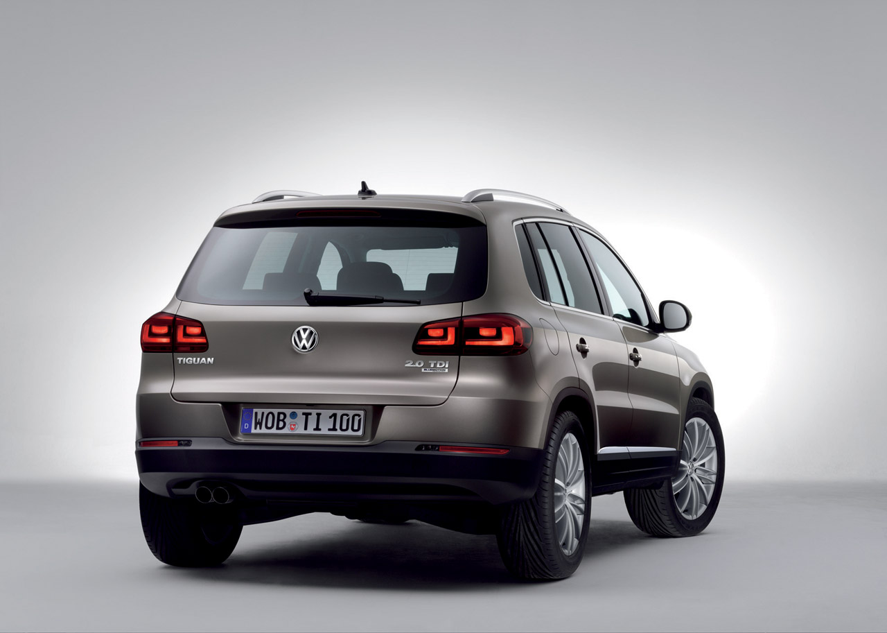 2013 volkswagen tiguan car review price photo and. Black Bedroom Furniture Sets. Home Design Ideas