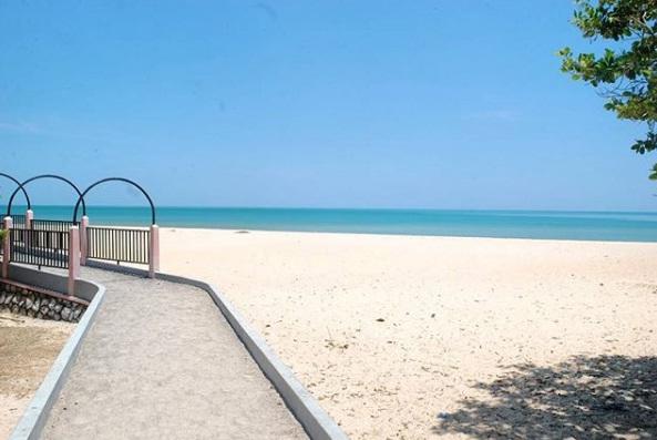Pantai Nepa - Sampang Madura