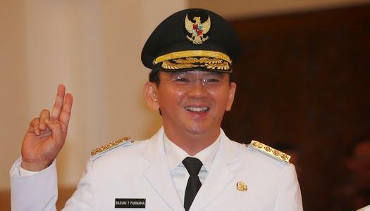 Un cristiano gobernador de la capital de Indonesia