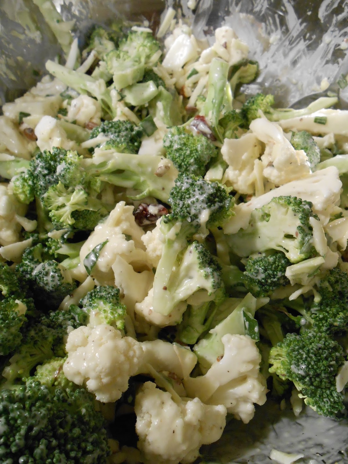 Eat cook and love: Salade crémeuse de brocoli et chou-fleur