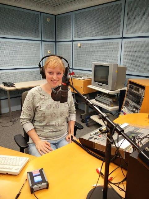 Deutschlandfunk Nova Depression Fräuleins wunderbare Welt Studio Aufzeichnung Radiobeitrag
