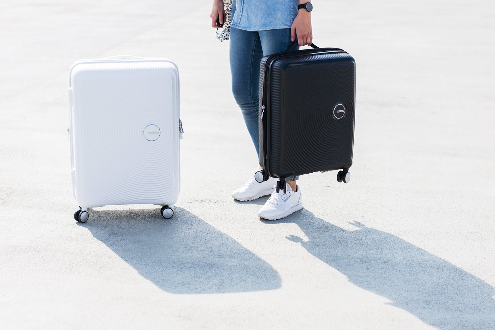 american tourister soundbox medium, black, larg, white, suitcase, trolley, cabin case, editorial, meandmyat