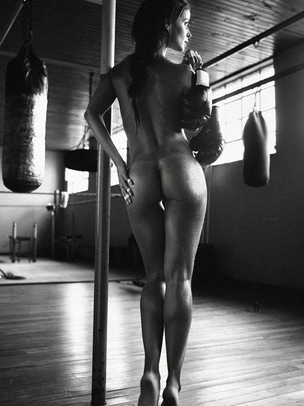 topless Tatiana gil