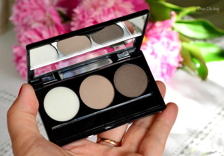 Paletka do stylizacji brwi Eyebrow Expert Delia Cosmetics  recenzja