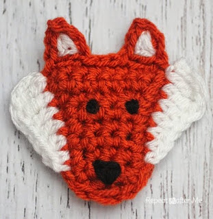 http://translate.google.es/translate?hl=es&sl=en&tl=es&u=http%3A%2F%2Fwww.repeatcrafterme.com%2F2014%2F10%2Ff-is-for-fox-crochet-fox-applique.html