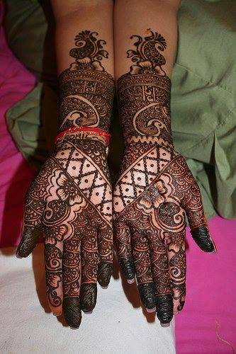 Bridal Mehandi Designs for Hands 9