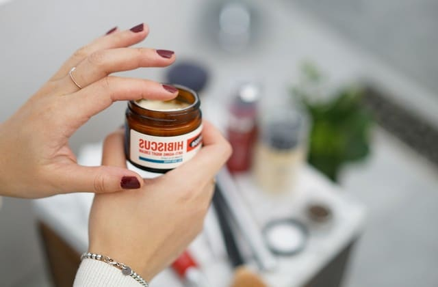 pelembab untuk jenis kulit sensitif