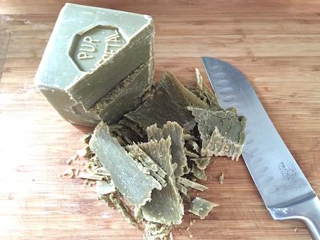 recette maison et DIY produit vaisselle, lessive écologique, savon pour les mains liquide
