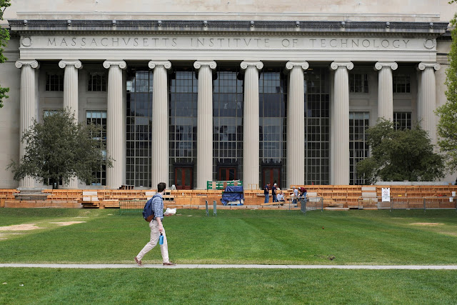 Image Attribute: A man walks through Killian Court at the Massachusetts Institute of Technology (MIT) in Cambridge, Massachusetts, U.S. May 13, 2016.  REUTERS/Brian Snyder/File Photo
