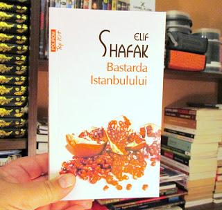 Bastarda Istanbulului, de Elif Shafak. Recenzie