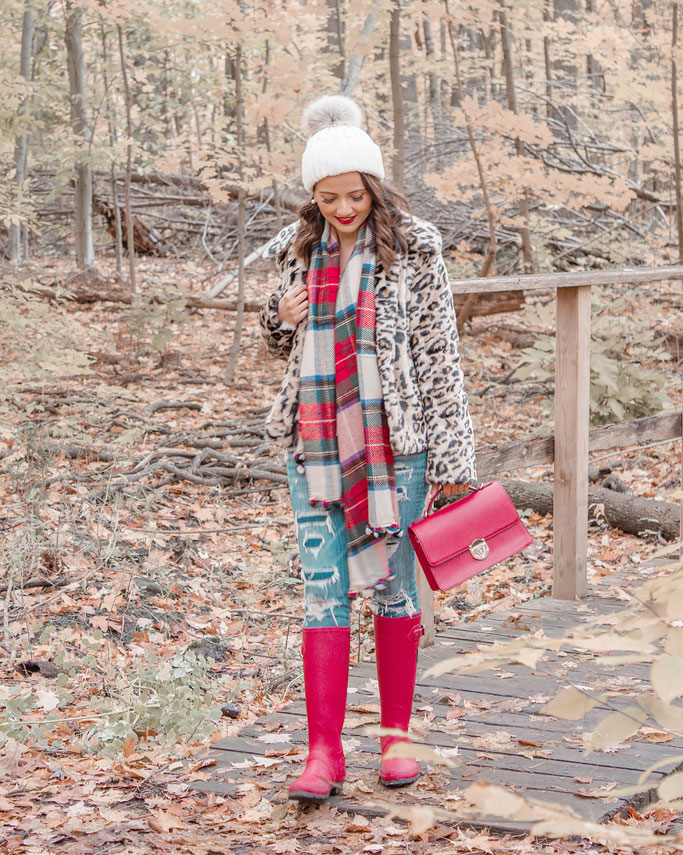 How to style a leopard print coat blogger outfit plaid scarf red rainboots  outfit inspiration