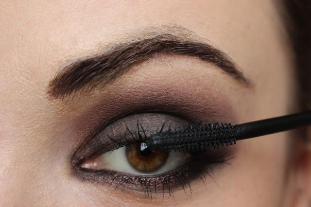 twenties make-up: step 11