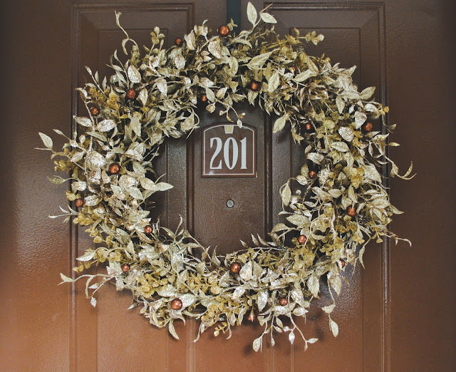 Rustic, Gold, Glitter Wreath - DIY