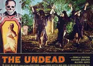 The Undead / Fotocromo promocional de esta película dirigida por Roger Corman.